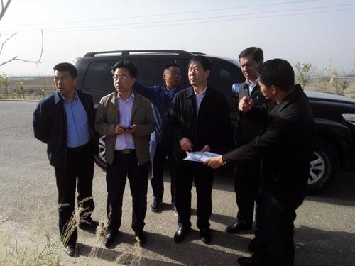 自治区地震局王海涛局长一行在喀什地区调研地震应急救援培训基地建设