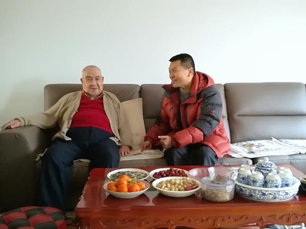 新疆地震局党组春节前夕慰...